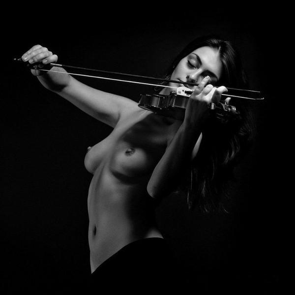Красивая эротика с музыкой i