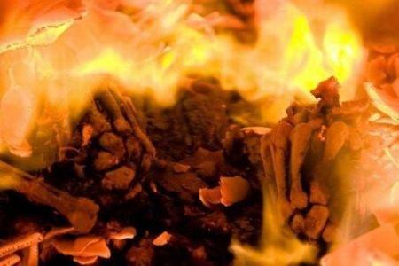 Истопник крематория… Мистика, стих 2-й фантасмагории...